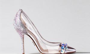 10 thiết kế tuyệt đẹp từ hình ảnh giày Lọ Lem