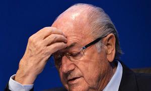 Chủ tịch Sepp Blatter bất ngờ từ chức