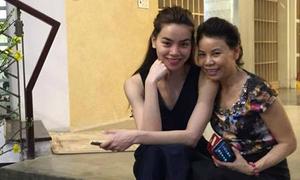 Mẹ Hà Hồ viết tâm thư động viên con gái trước scandal
