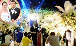 Không gian tiệc cưới cổ tích của người đẹp Thư Huyền