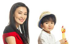 'Vi Phi' Trương Đình khoe con trai kháu khỉnh