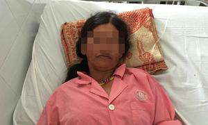 Thai phụ suýt chết vì bị rắn lục đuôi đỏ cắn