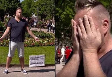 Video hot: 'Tôi bị nhiễm HIV, bạn có dám chạm vào không'