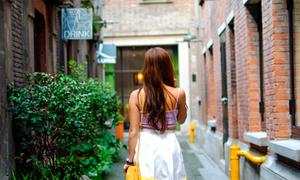 Fashionista khám phá 'thành phố truyện ngôn tình'