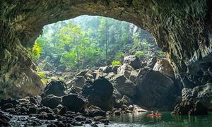 Hang động sông lớn nhất thế giới ở Lào