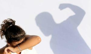 Hôn nhân bên bờ vực thẳm khi trót ba lần đánh vợ