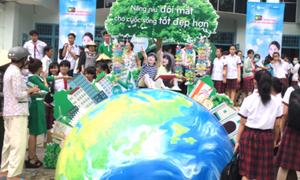 Chăm sóc mắt cộng đồng cùng Rohto Việt Nam