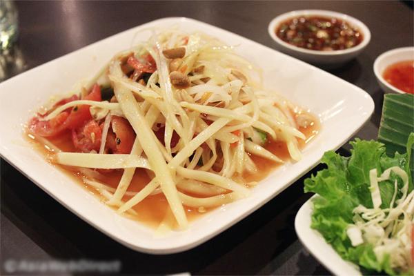 dia-chi-cuoi-tuan-quan-an-o-bangkok-duoc-khach-viet-tin-tuong-1