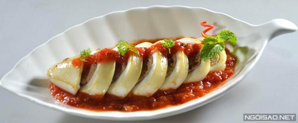 Mực nhồi thịt là món ăn không còn xa lạ với các gia đình, nhưng cách chế biến dưới đây sẽ mang lại hương vị ngon thơm hơn rất nhiều.