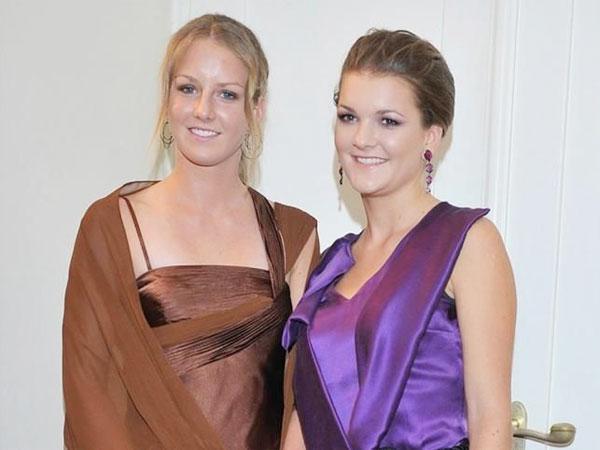 Hai chị em Radwanska cũng là hai kiều nữ nhan sắc của làng quần vợt.