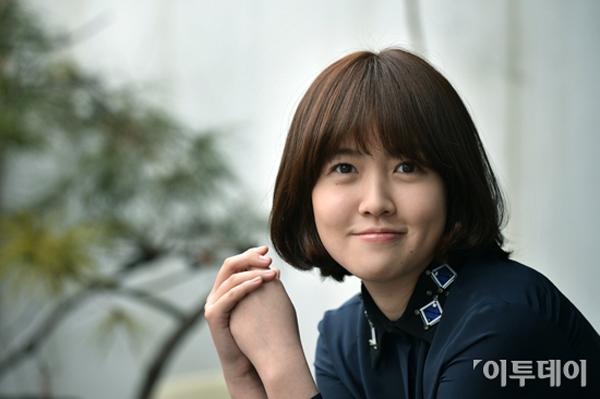 shim-eun-kyung-sang-viet-nam-gap-miu-le-1