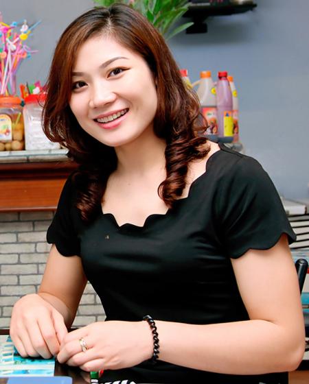 miss-bong-chuyen-pham-yen-khien-nhieu-dai-gia-vo-mong