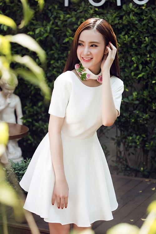 angela-phuong-trinh-lot-xac-phong-cach-an-tuong-trong-2015-10