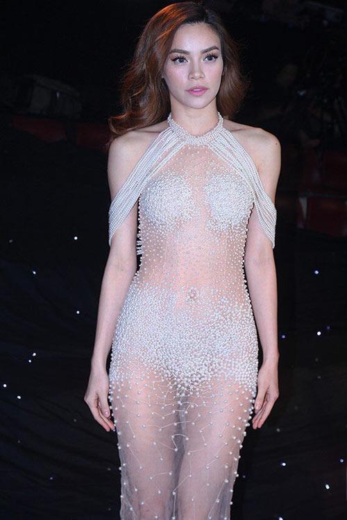 8-bo-canh-sexy-cua-sao-viet-gay-on-ao-nhat-2015