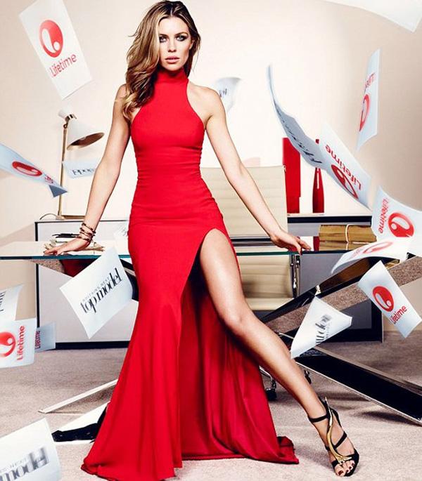 Bà xã Crouch sẽ là một trong 4 giám khảo của Britiain's Next Top Model mùa giải tới.
