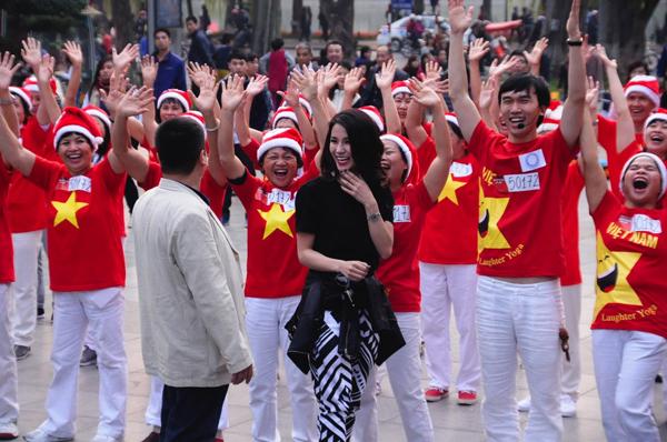 viet-huong-phan-khich-tren-ghe-nong-got-talent-11
