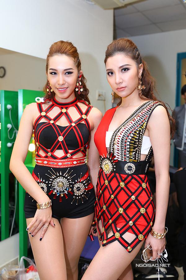 thai-ha-vao-hau-truong-giup-maya-lam-toc-11