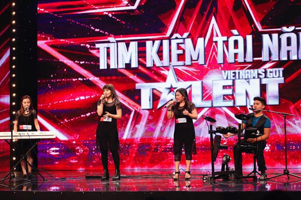 tran-thanh-roi-nuoc-mat-khi-cham-got-talent-11