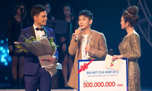 Hoài Lâm đoạt 500 triệu giải 'Bài hát của năm 2015'