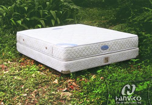 Đệm lò xo Hanvico có độ lún tiêu chuẩn quốc tế, tạo giấc ngủ sâu.