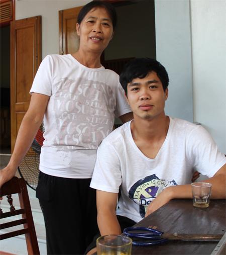 bo-me-cong-phuong-chua-biet-co-cham-con-duoc-khong