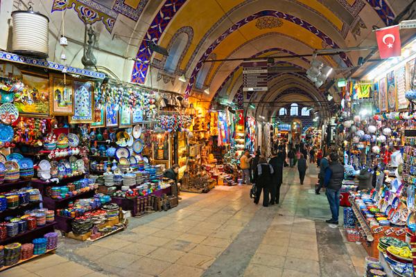 Một góc chợ Grand Bazaar ở Istanbul.