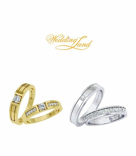 """Cặp nhẫn cưới nằm trong bộ sưu tập """"Le Secret de lAmour"""" có thiết kế độc đáo với viên kim cương thượng hạng ẩn sâu trong lòng nhẫn. Thiết kế cùng các sản phẩm nhẫn cưới khác đồng mức ưu đãi 15%."""