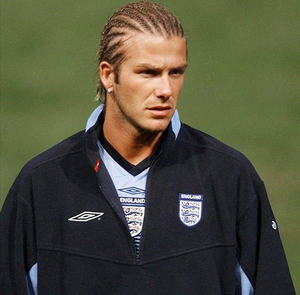 Becks với mái tóc tết lọn nhỏ sát da đầu một thời