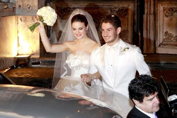 Pato và vợ cũ Brito trong ngày cưới năm 2009.