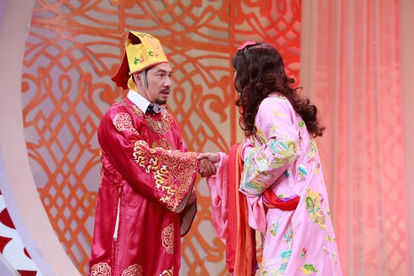 co-du-cong-ly-duoc-phep-chuyen-gioi-trong-tao-quan-2016-2