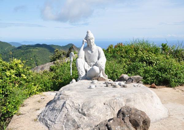 Đến bán đảo Sơn Trà nhớ ghé đỉnh Bàn Cờ. Ảnh: dulichdanang.