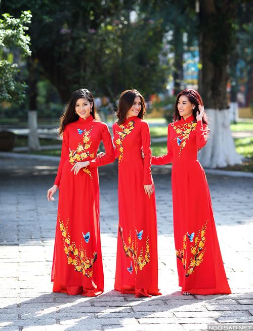 3-nang-xuan-dep-rang-ngoi-voi-ao-dai-sac-do-6