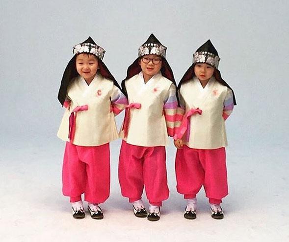 3-quy-tu-cua-song-il-gook-ngay-cang-tinh-nghich-5