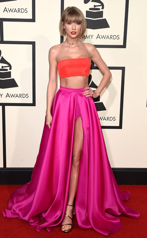 selena-gomez-va-taylor-swift-goi-cam-tren-tham-do-grammy-5