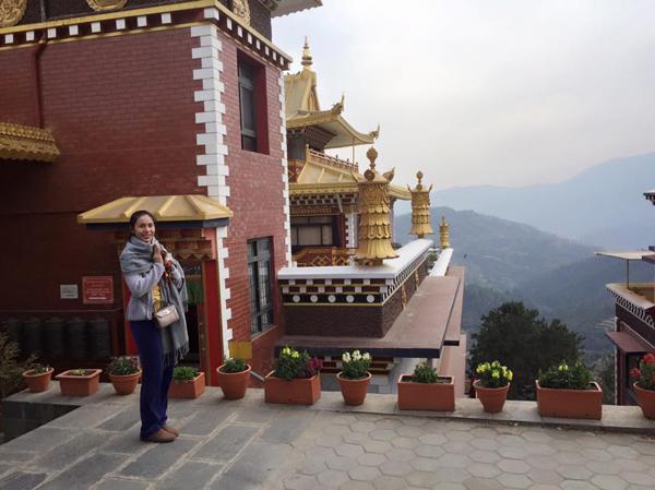 Thủy Tiên tiếp tục đăng ảnh hành hương về đất Phật, cùng những suy ngẫm sâu sắc: