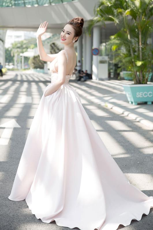 angela-phuong-trinh-sexy-quay-quang-cao-3
