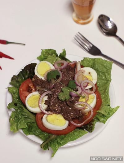 Món ăn đơn giản nhưng bổ dưỡng và rất thích hợp trong những ngày trời ấm áp.