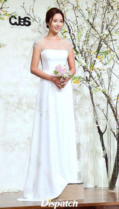nguoi-dep-she-was-pretty-rung-rung-trong-hon-le-7