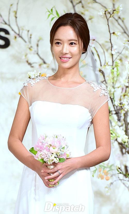 nguoi-dep-she-was-pretty-rung-rung-trong-hon-le-5