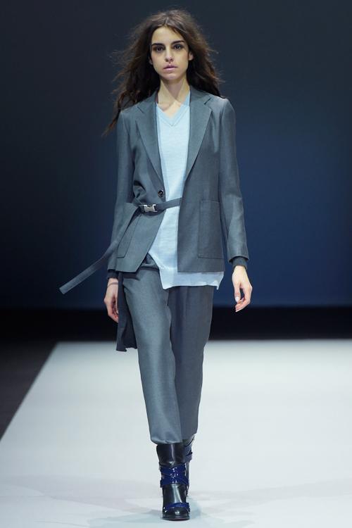 le-thuy-tu-tin-sai-buoc-o-milan-fashion-week-3