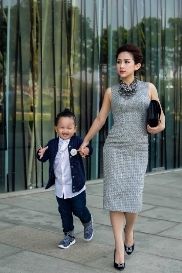 Trâm Nguyễn rất chịu khó đầu tư trang phục cho cậu con trai 4 tuổi.