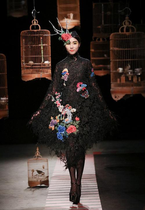 trang-phuc-couture-ky-cong-cua-hung-viet