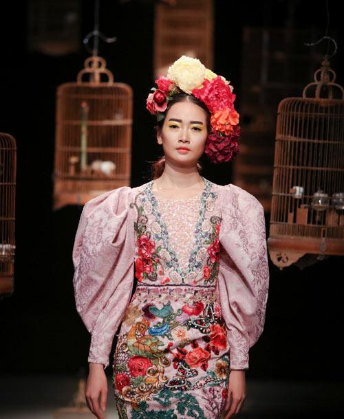 trang-phuc-couture-ky-cong-cua-hung-viet-8