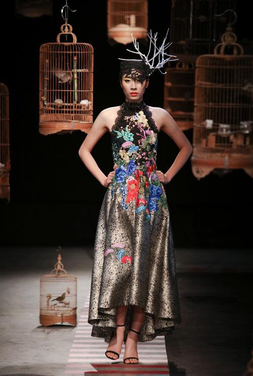 trang-phuc-couture-ky-cong-cua-hung-viet-1