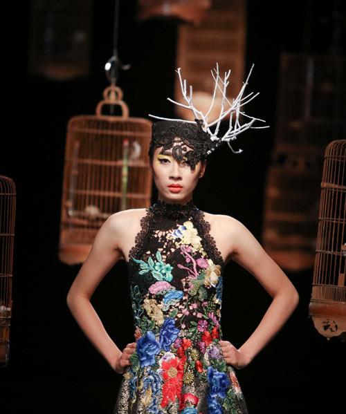trang-phuc-couture-ky-cong-cua-hung-viet-7