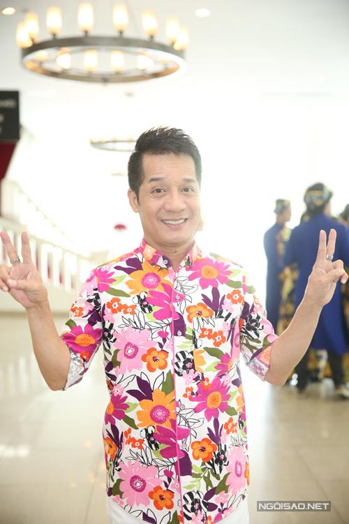 kieu-nu-lang-hai-nam-thu-mac-ho-bao-di-hop-bao-5