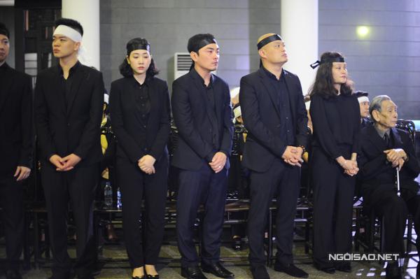 cac-con-thanh-tung-bat-khoc-khi-noi-loi-chao-bo-lan-cuoi-6