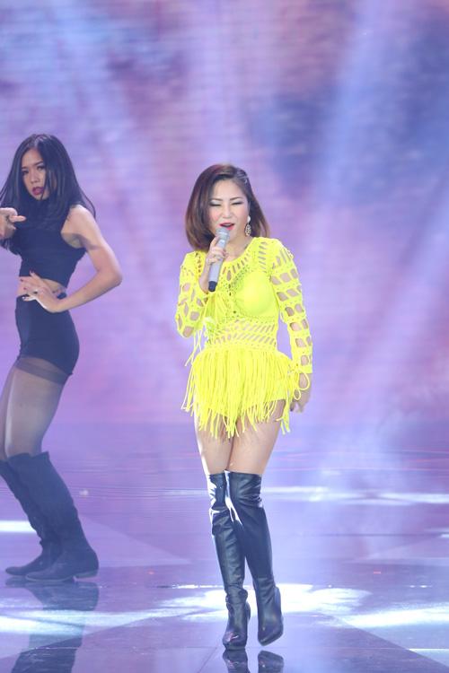 Team Hương Tràm mang đến ca khúc mới của Only C mang tên 'Vẫn luôn chờ mong'.