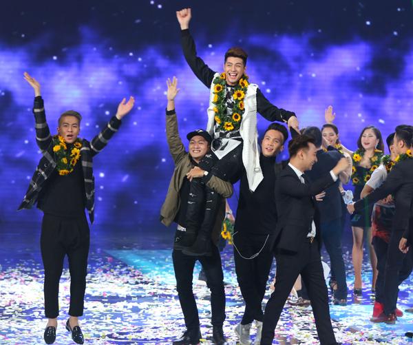 MC Thành Trung cho rằng đây là chiến thắng xứng đáng và thuyết phục của team này sau 11 tuần dự thi.