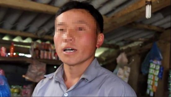Anh Giàng Lao bức xúc cho biết, nếu công an không bắt giữ Nam, thì dân làng cũng nện cho hắn một trận nhừ tử.